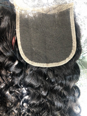 Exotic curly closure