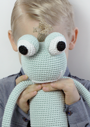 King Froggy MINT - frog prince doll - www.leggybuddy.com