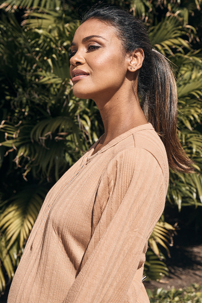 ribbed knit maternity henley dress in camel close up - frances hart