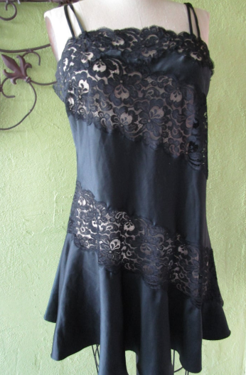 Bust 38 Eve Stillman Couture New York Flirty Black Satin Nightie Swirling Lace