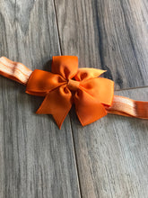 "Load image into Gallery viewer, Boutique 3 1/2"" Pinwheel Bow Headbands"