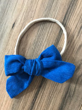 "Load image into Gallery viewer, 3 1/2"" Baby Corduroy Headbands"
