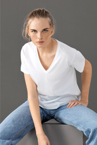 RAW V-NECK T-SHIRT