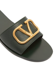 Go Logo leather slides