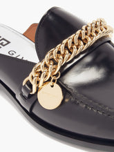 Load image into Gallery viewer, Chain-embellished leather backless loafers