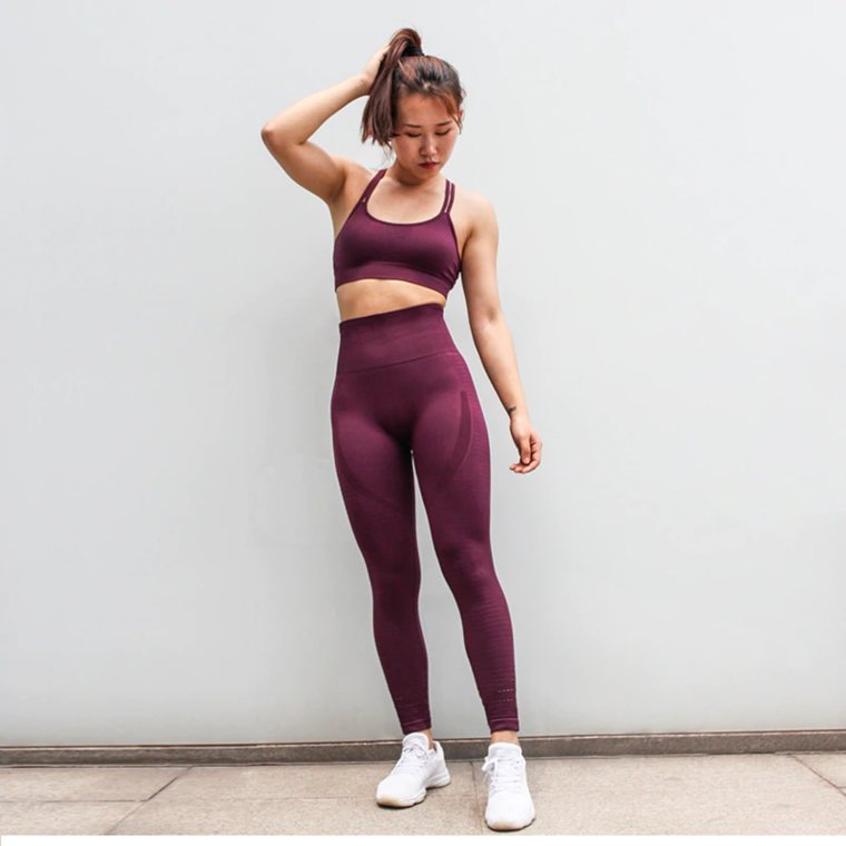 Seamless Yoga Set for Women,Gym Leggings and Padded Push-up Strappy Sports Bra. at wurastore.com