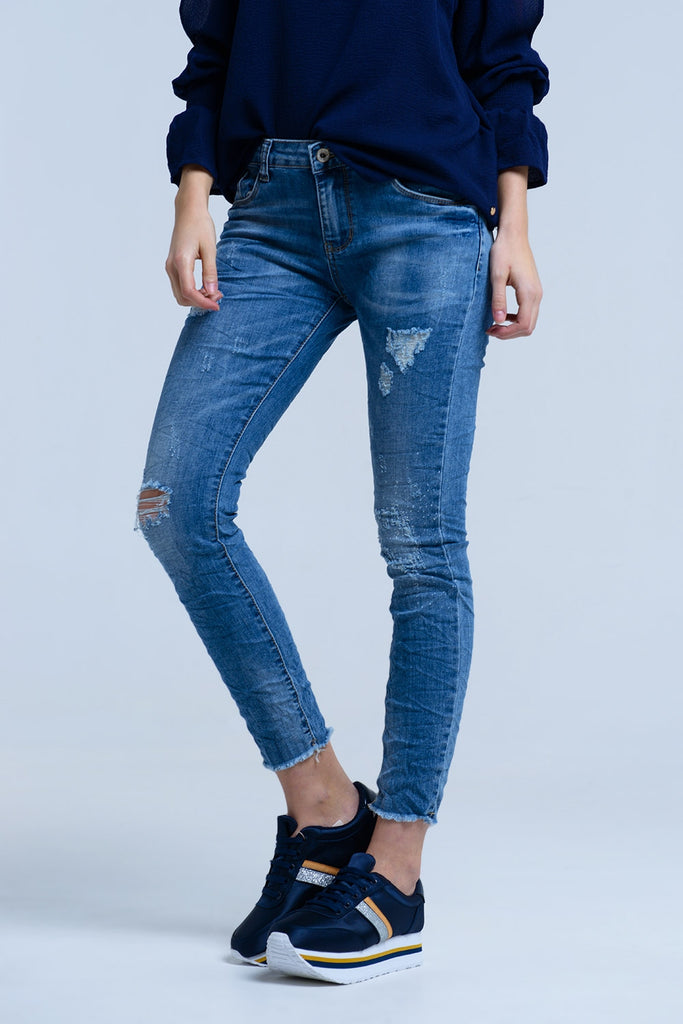 Jeans With Rips Details