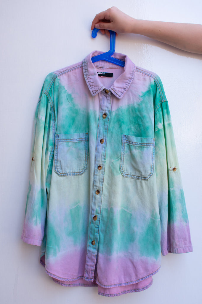 Maya's Tie Dye Rainbow 3/4 Sleeve Top