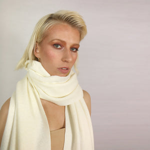 SUPER LONG CREAM SCARF
