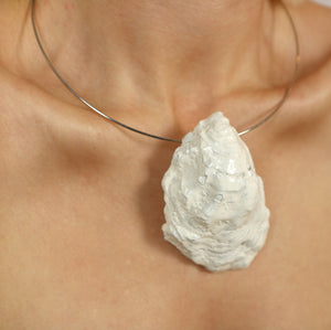RECYCLED OYSTER SHELL NECKLACE