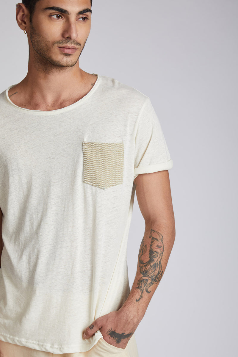 Mars Contrast Pocket T-Shirt - White