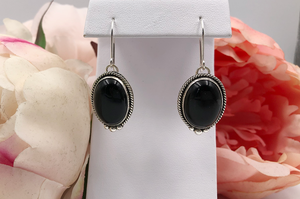 Black Onyx Earrings Class - INTERMEDIATE LEVEL