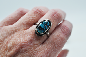 Vintage Kingman Turquoise Oval Nugget Ring in Sterling Silver