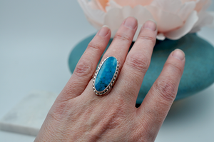 Oblong Oval Bright Blue Kingman Turquoise Ring