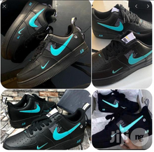 Load image into Gallery viewer, Nike Air Force 1 Low '07 Lv8 Utility Black Laser Blue
