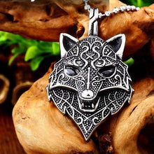 Load image into Gallery viewer, Jewelry necklace Viking Wolf