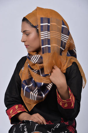 Mustard Khaddi Silk Threadwork Sketch Pattern Scarf