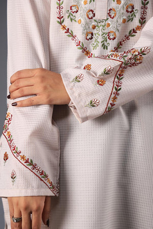 Self Checkered Print Kurta With Tradtional Galaa Style Embroidery