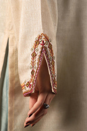 Beige Silk Kurta With Tribal and Floral Style Threadwork Embroidery