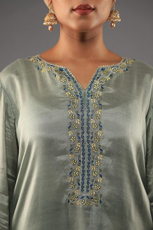 GREY COTTON SILK KURTA WITH THREADWORK EMBROIDERY