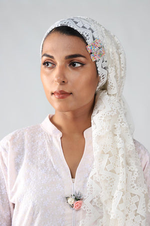 White Lace Tassle Detail Scarf