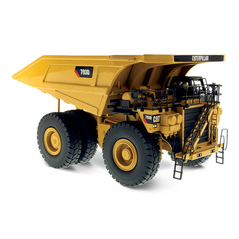 DIECAST MASTERS 1:50 Scale CAT 793D Mining Truck