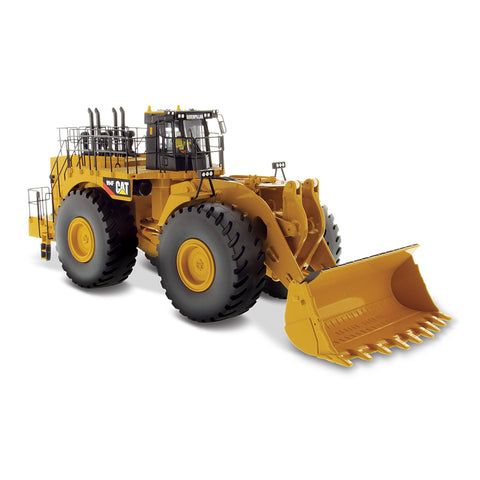 DIECAST MASTERS 1:50 Scale CAT 994F Wheel Loader