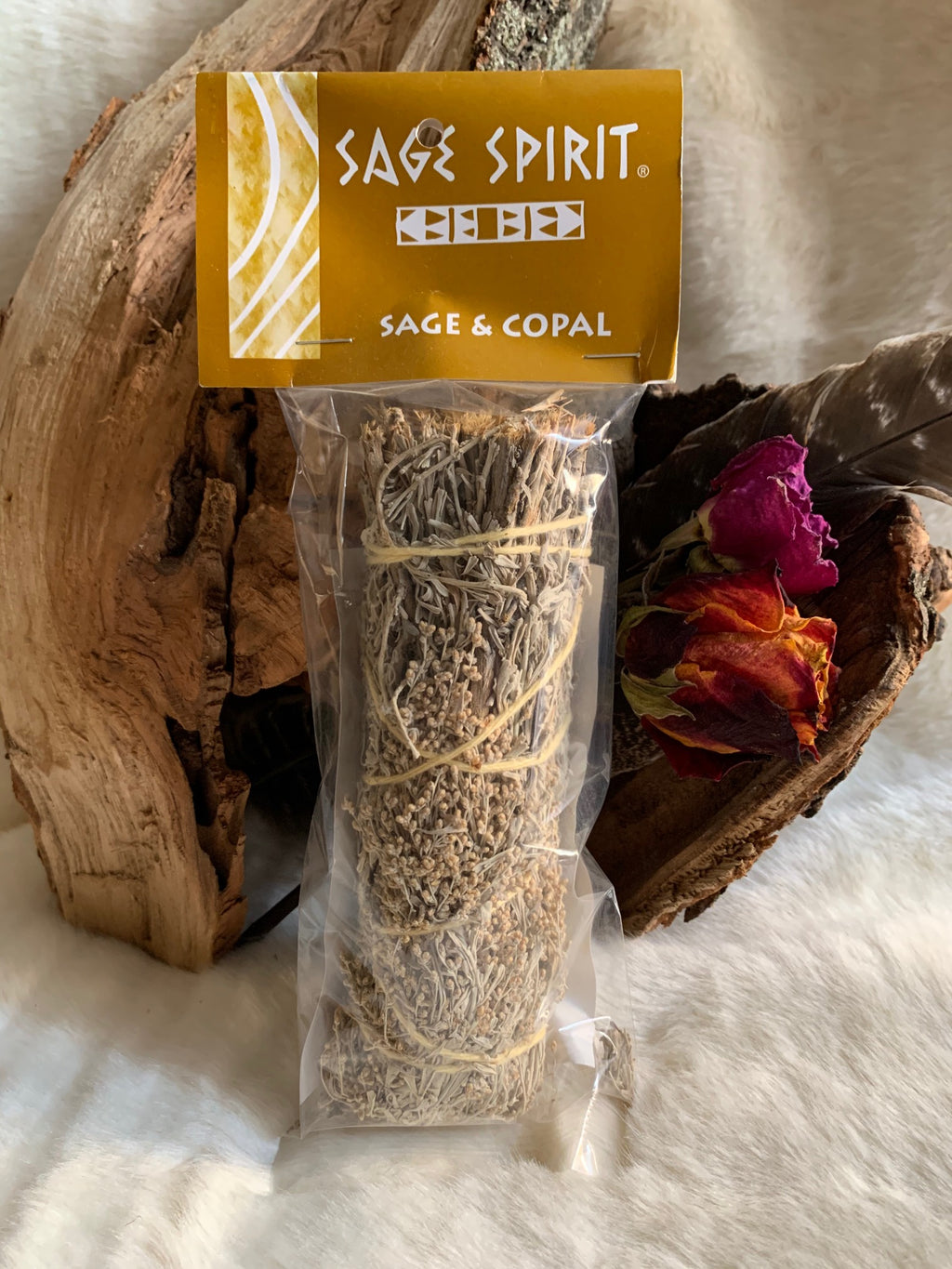Using sage is a great way to cleanse and rid yourself of negative energies. This bundle is coupled with Copal which is a great way to get in touch with your own intuition and psychic abilities.    Great for burning in rituals.