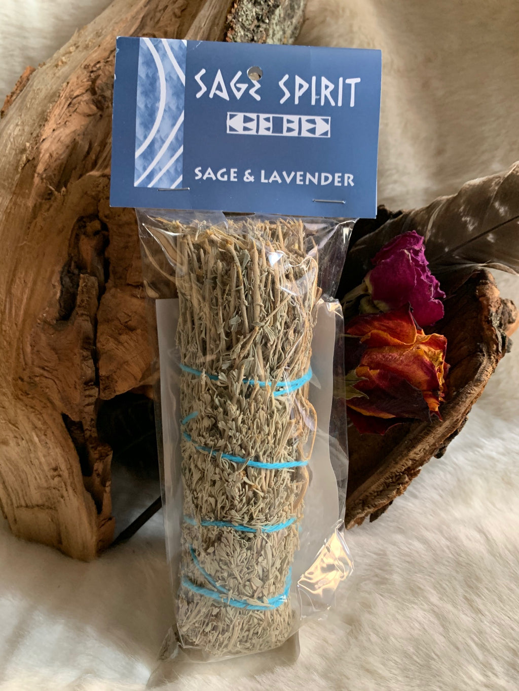 Using sage is a great way to cleanse and rid yourself of negative energies. This bundle is coupled with Lavender which is a great way to bring in the soft but protective energies of the feminine divine.