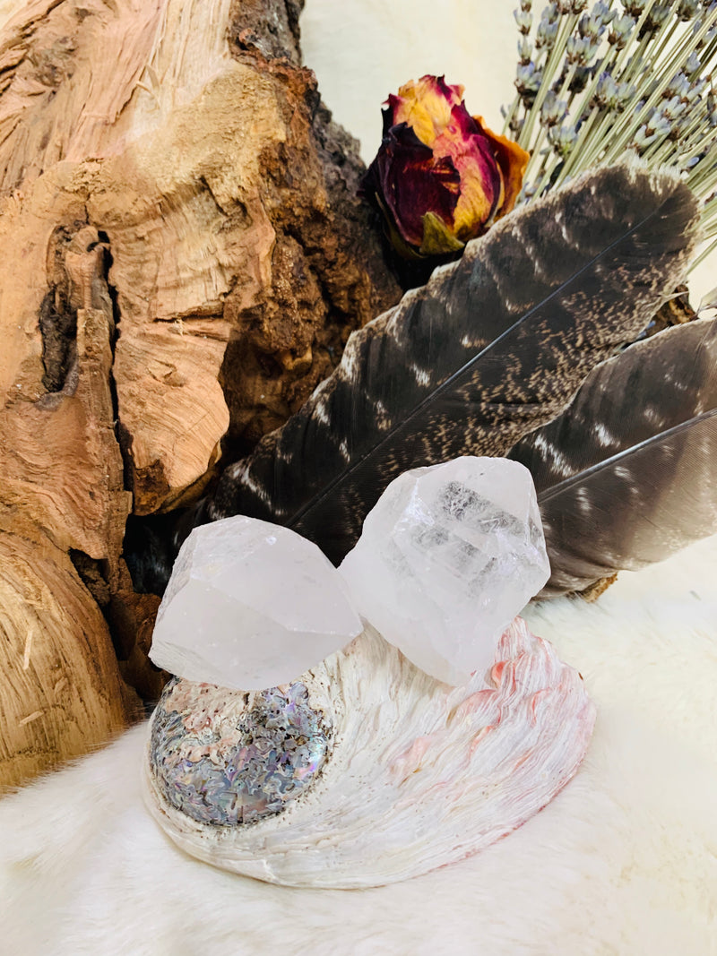 CRYSTAL, HEALING CRYSTALS, QUARTZ, STONES, GEODES, HEALING, REIKI, CRYSTAL GRIDS, SPIRIT, WITCH, WITCHCRAFT, STONES, MINERALS, adrian, michigan, metaphysical store, lenawee county,