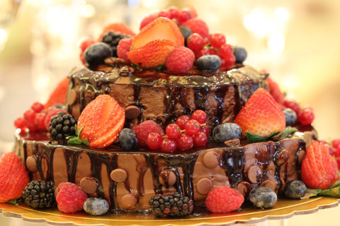 Nutella Berries Cake