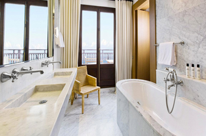 Luxury bathroom fixtures for luxury hotels