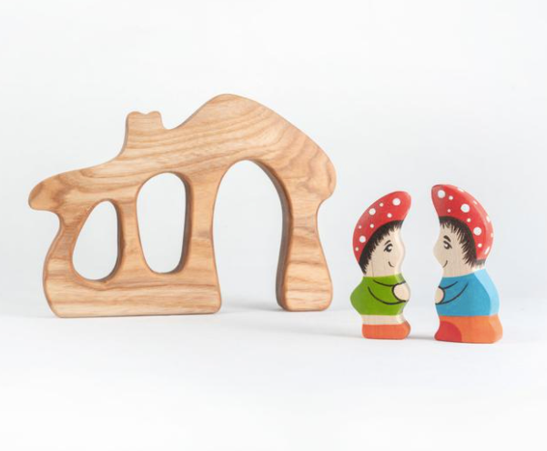 Wood Gnome House with Gnomes (set of 2)