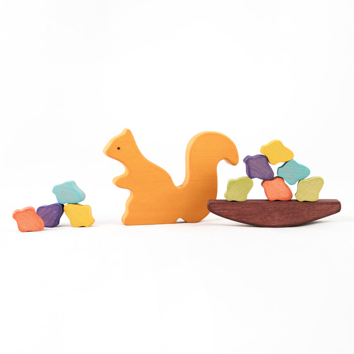 Wooden Squirrel with acorns Balancing toy - PoppyBabyCo