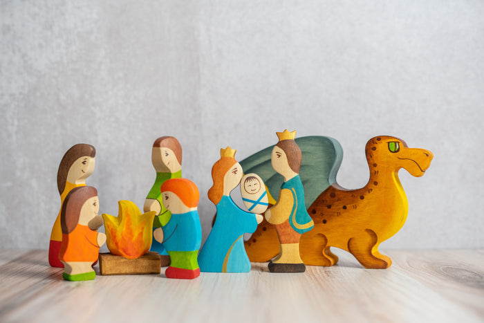 Waldorf Wooden Farmers Family- 5 pieces