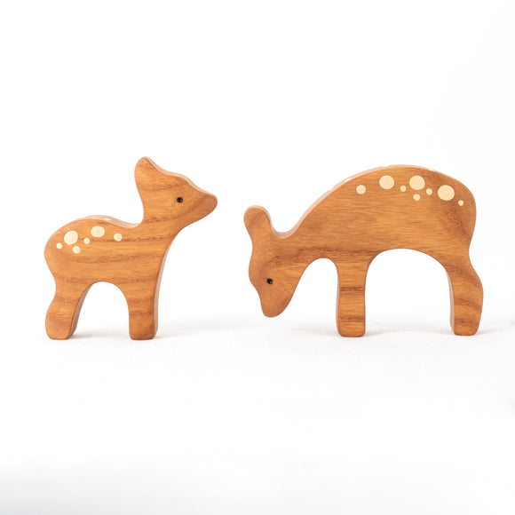 Waldorf Wooden Deer with the baby deer - PoppyBabyCo