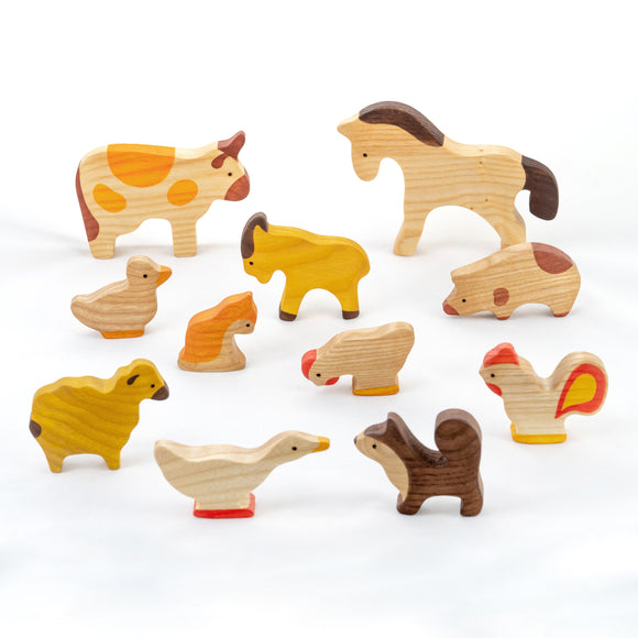 Waldorf Wooden Farm Animals Set painted- 11 pieces - PoppyBabyCo