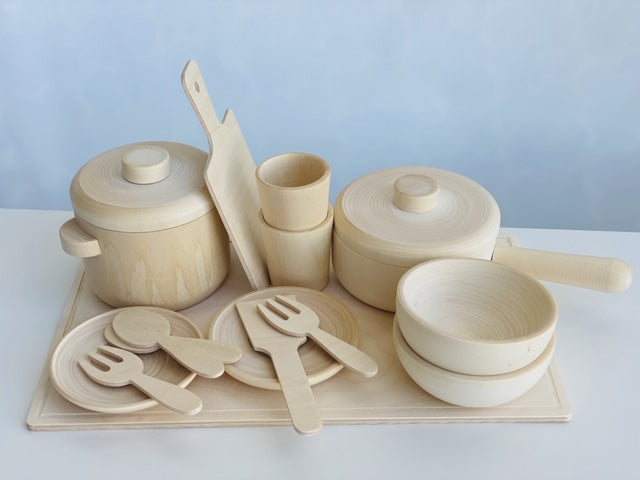 Wooden pots and pans play set