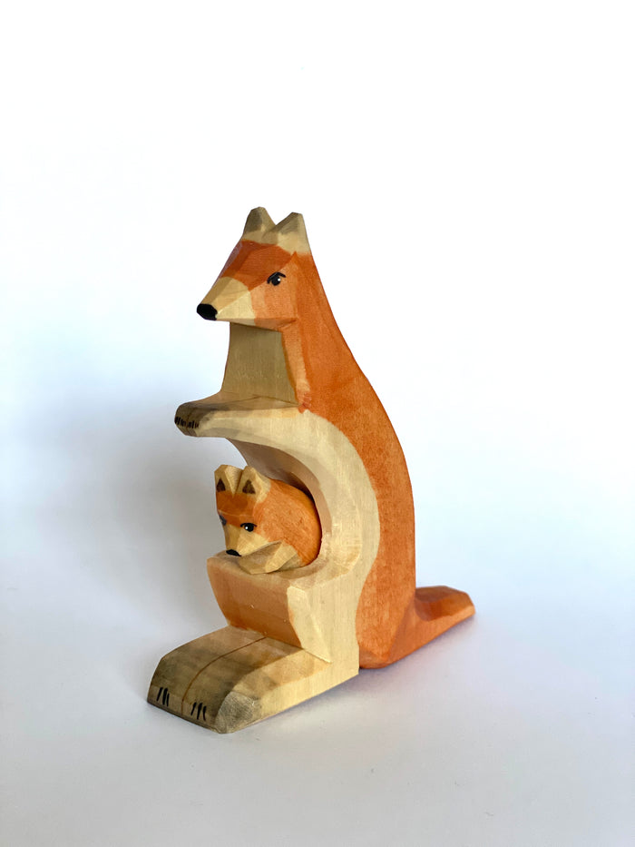 Wooden Kangaroo with Baby