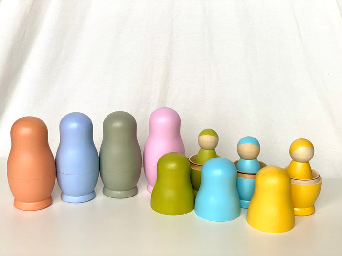 Wooden Russian Dolls with Pegs Pastel