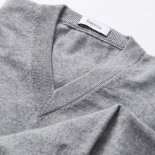 Load image into Gallery viewer, The Maxwell Cashmere Boyfriend Sweater - Whisper Gray