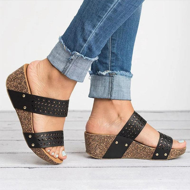 Casual Comfort Hollow Wedge Sandals