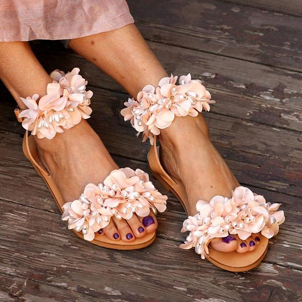 Imitation Flower Vacation Flat Sandals