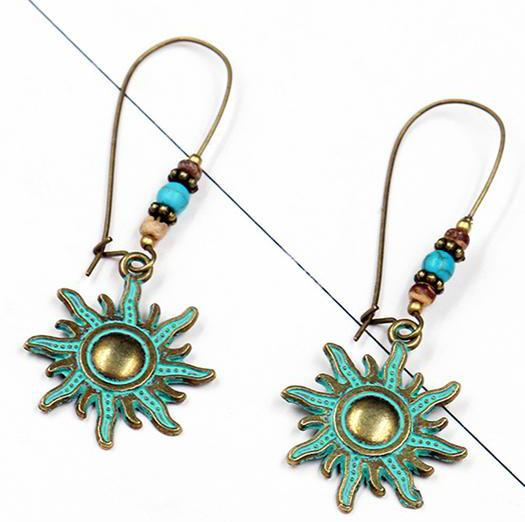 Vintage Sun Shape Pendant Drop Earrings