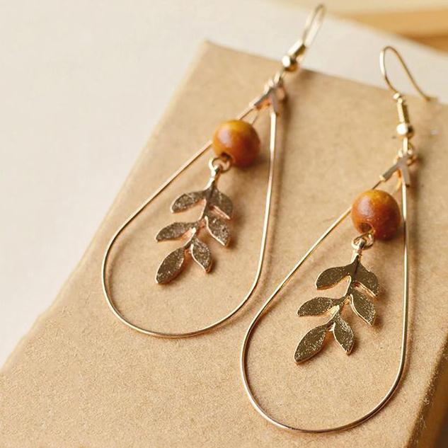 Womens Concise Vintage Alloy Leaf Earrings