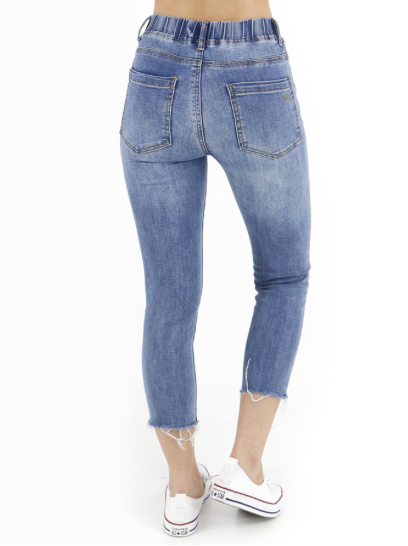Classic Mid-Rise Pull On Cropped Jegging™