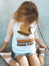 Load image into Gallery viewer, Good Vibes Raglan - White/Peach