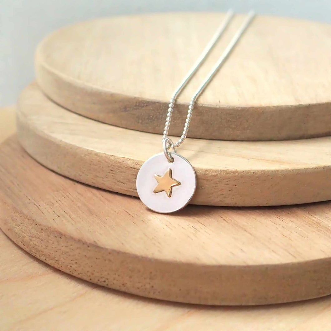 Star on Circle Silver Necklace