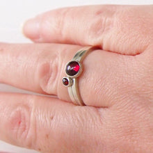 Load image into Gallery viewer, Garnet double ring set