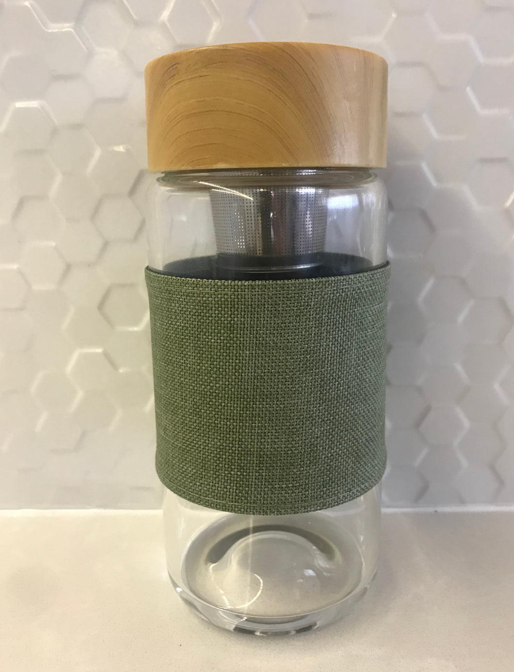 reusable glass flask 400ml with heat protecting sleeve and tea infuser